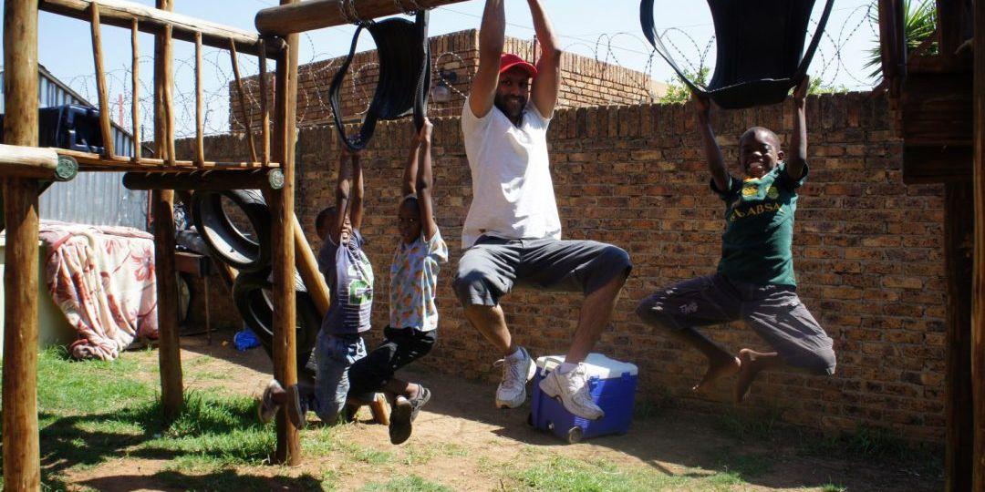 adamjee-foundation-fun-visit-with-kids-at-thuthuzela-1080x675